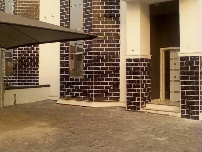 Brand New 5 Bedroom at Megamound Estate