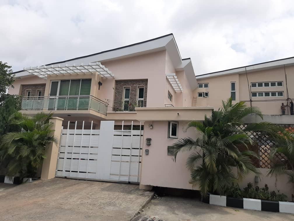 Luxury Duplex At Shonibare Estate For Sale
